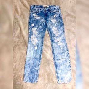 Hollister - Destroyed Denim Jeans - Low Rise